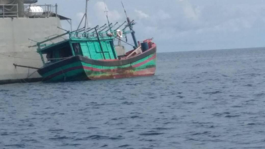 AL Amankan Nelayan Asing