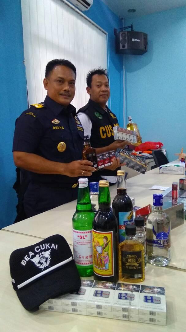 BC Batam Gelar 'Operasi Patuh Ampadan I'