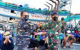 KRI Bung Tomo – 357 Serahkan Penyidikan Tujuh Kapal Ikan Asing Ilegal Ke Lanal Ranai
