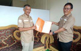 SK Kepengurusan SMSI Bintan Diserahkan Ketua DPD SMSI Kepri