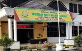 Bupati Kuansing Laporkan Kajari ke Kajati Riau, Mengaku Diperas Rp1 Miliar