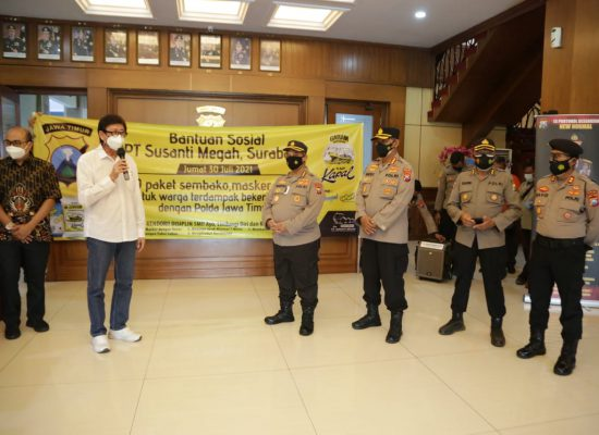 Polda Jawa Timur menerima bantuan sosial (Bansos) dari PT. Susanti Megah Surabaya.