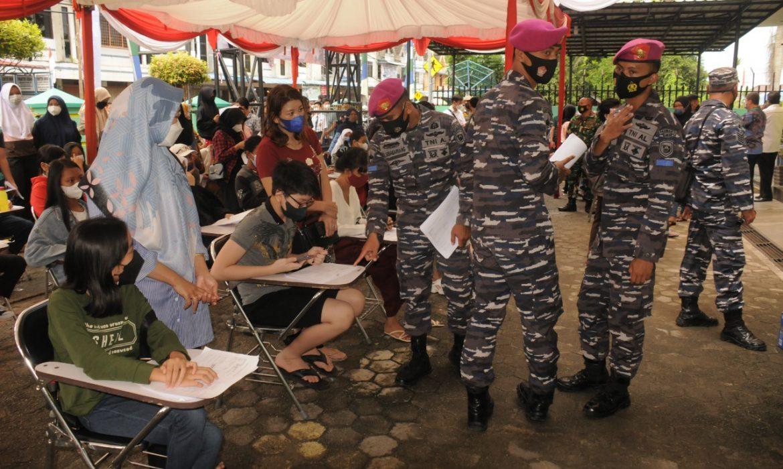 Serbuan Vaksinasi Covid-19 Hari Kedua di Poltekes Tanjungpinang Masih Didominasi Anak Usia 12-17 Tahun