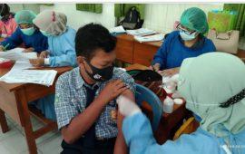 Dunia Pendidikan Kediri Diserbu Vaksin Guna Angka PTM Tidak Hanya 33%