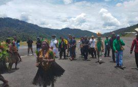 Kedatangan Tiga Diakon Disambut Ribuan Masyarakat Intan Jaya Papua