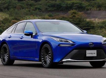 Toyota Mirai Cetak Rekor Dunia, Sekali Isi Bahan Bakar Tempuh 1.360 Km