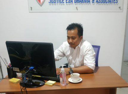 Mobil Kliennya Hendak Ditarik WOM Finance, Pengacara Leo Halawa Melawan