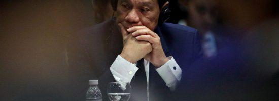 Presiden Filipina Rodrigo Duterte menghadiri KTT ASEAN Plus Three (APT) di Singapura, 15 November 2018   Foto: Reuters